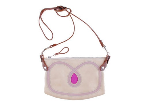 Cha-Ching bag in cream leather with detailing in dirty pink and magenta