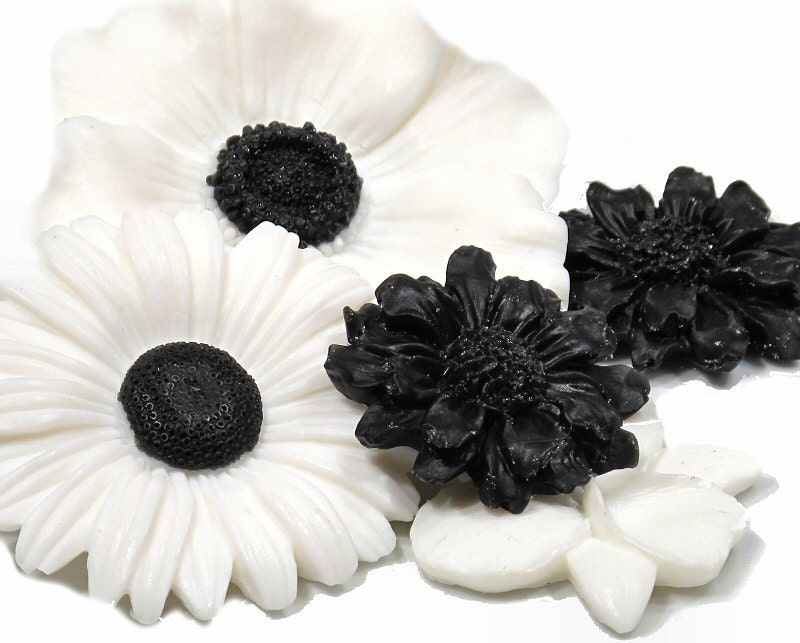 Black-Eyed Flower Soap Collection - SoapRhapsody
