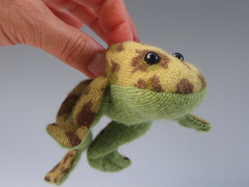 Green Leopard Frog