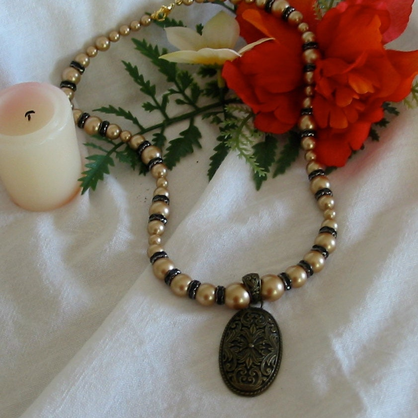 Gold Pearls and Black Crystal Rondelle Necklace with Pendant