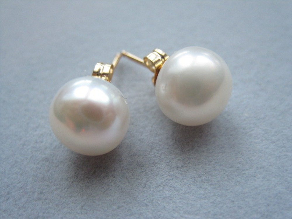 Pearl Stud Earrings, Freshwater Cultered Cream Pearl,, Large Pearl Stud, 14K gold filled