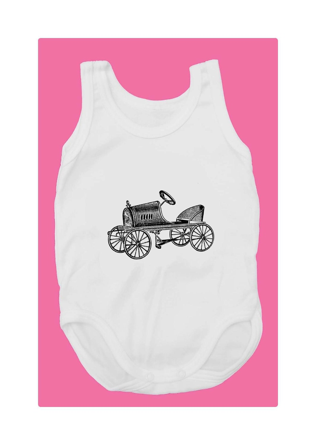 Fitipaldi (100% White cotton baby bodysuit with vintage toy racing car print) - mmmfantasiadealgodon