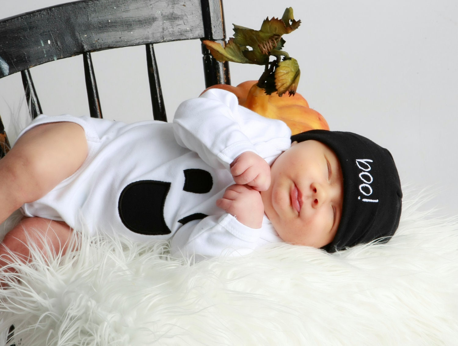 Ghost Halloween Bodysuit and Boo Beanie Hat Set-Order by 10/6 to guarantee halloween delivery
