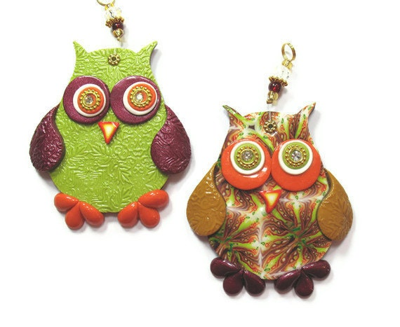 Chidren room decor, love owl wall decor, polymer clay elegant owl, a pair in maroon, green, orange, gold and red - ShuliDesigns