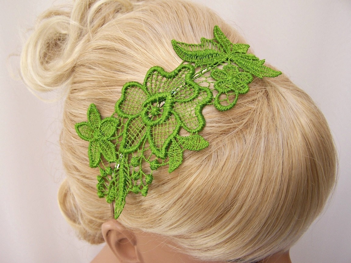 Hibiscus lace headband bright spring green