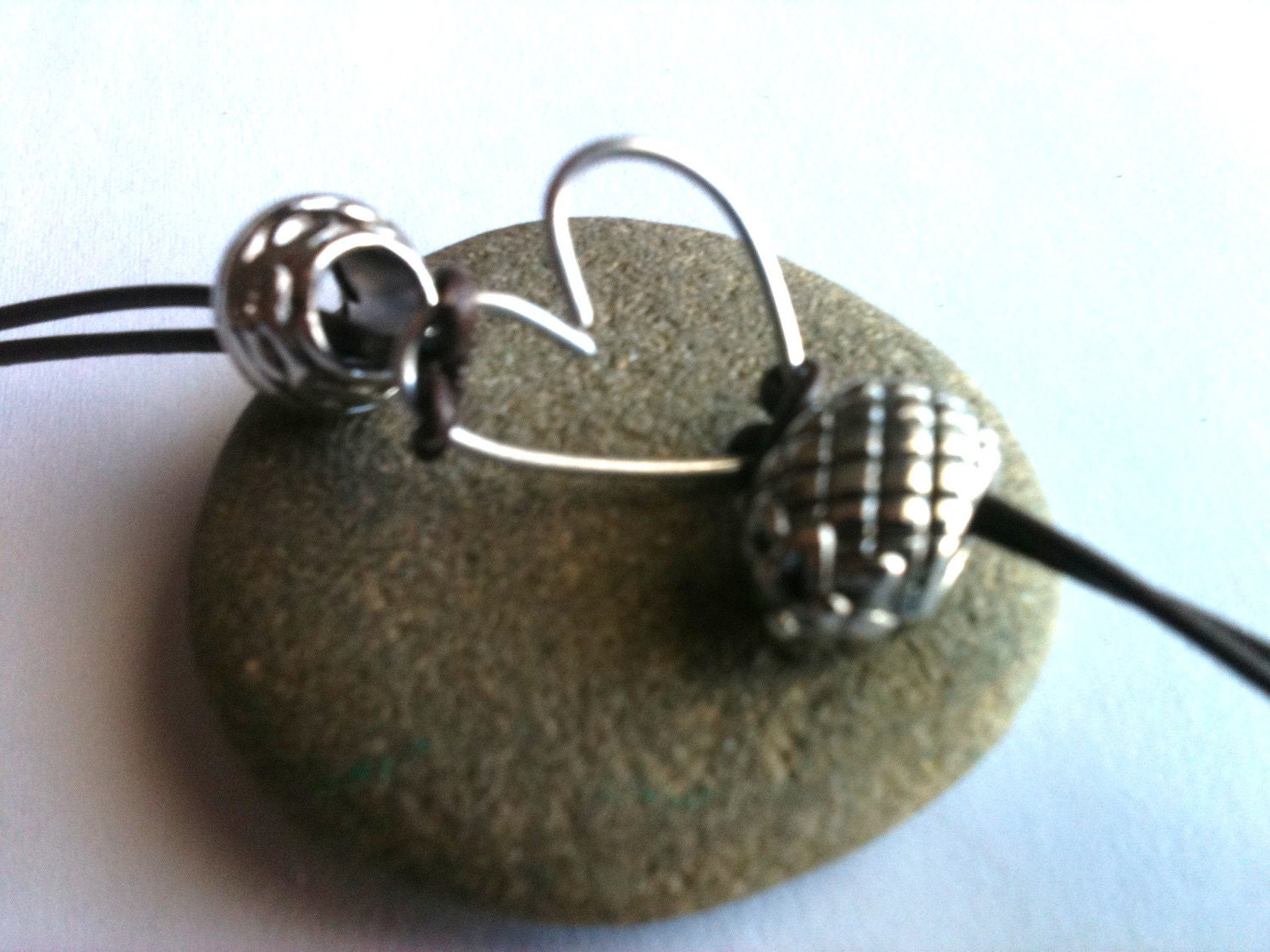 valentine's day, heart jewery, leather jewelry, Pandora style charms, wire jewelry, silver beads, flower beads, leather cord
