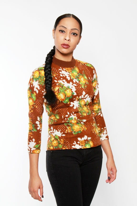 1970s Floral Print Turtleneck Sweater