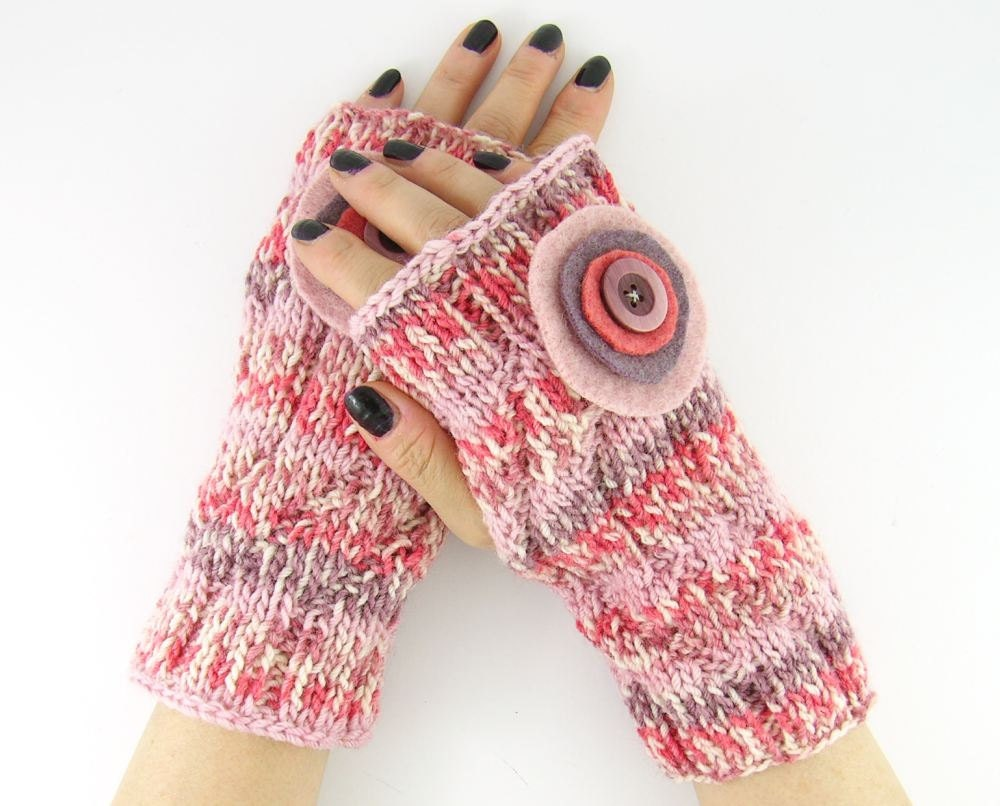 knit fingerless mittens fingerless gloves wrists warmers gauntlets merino baby wool pink purple felt applique therougett curationnation - piabarile