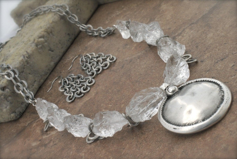 WABI SABI CRYSTAL Rustic Silver Pendant Necklace by Cheydrea