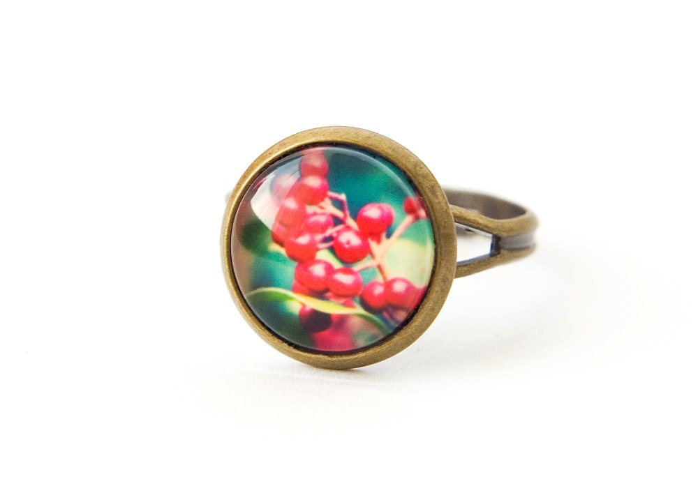 Poppy Red Ring, Red Berry Plant Jewellery, Botanical Ring - DreamlikeDesign