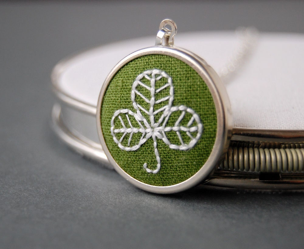 Shamrock Necklace Embroidered Shamrock on Moss Green Linen perfect for St. Patrick's Day