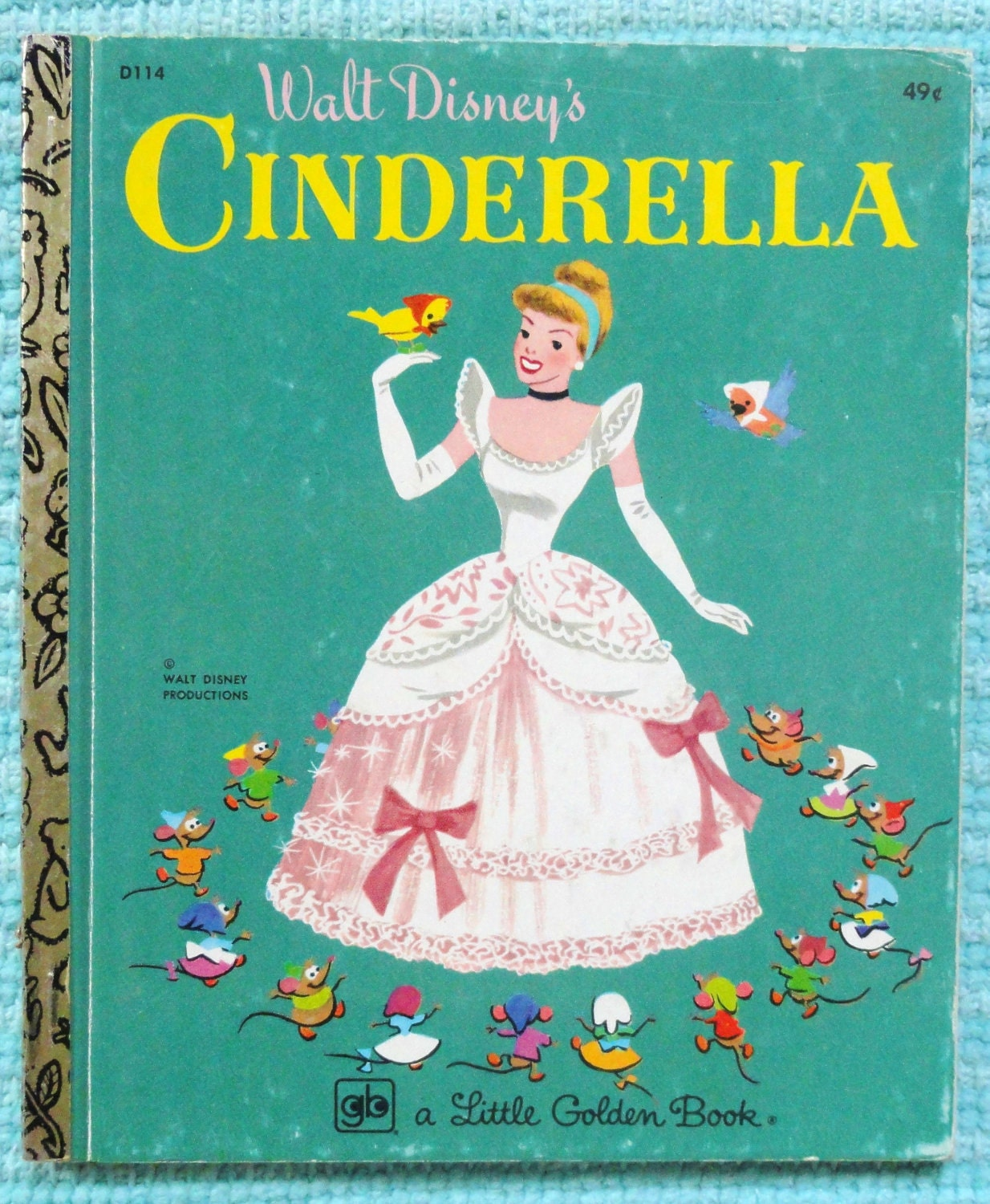 book report of cinderella Walt disney pictures' latest live action fairytale is a retelling of the evergreen  classic cinderella the film is directed by kenneth branagh, stars.