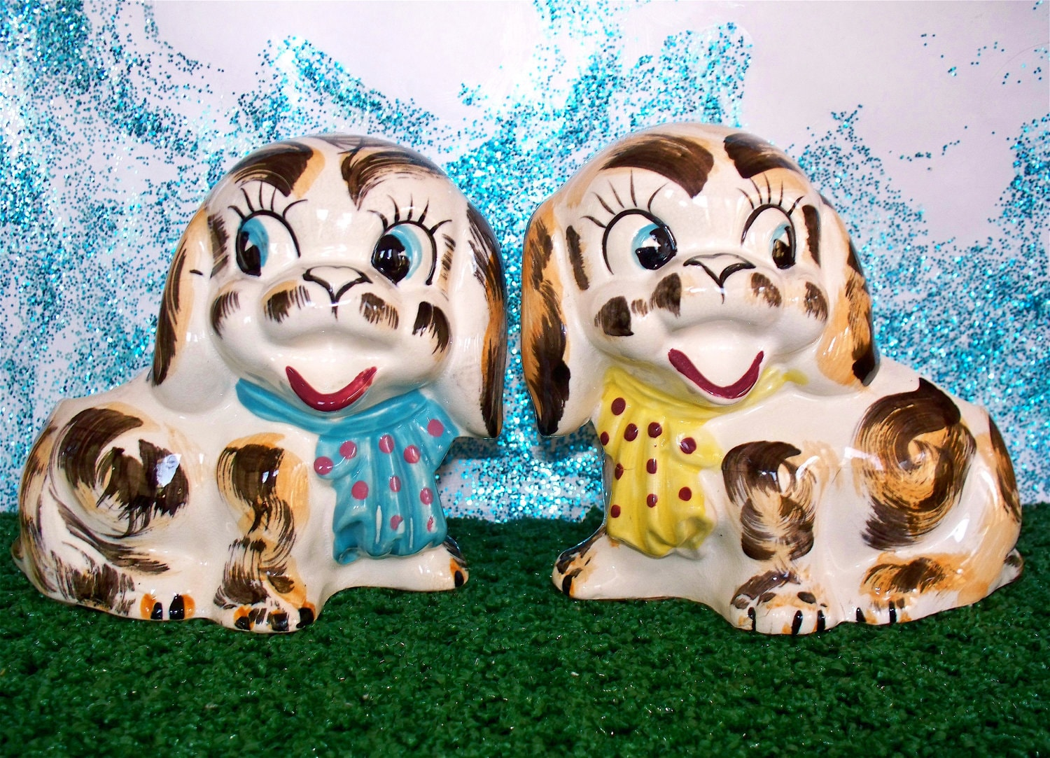 Vintage  Kitsch Planter Puppy Matching Book ends Set