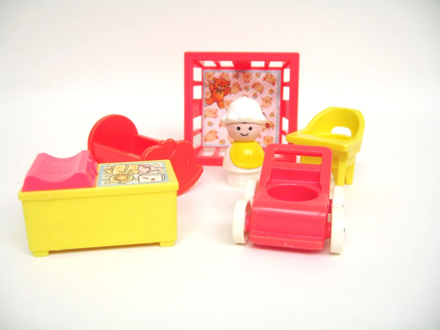 Vintage Fisher Price Nursery With Baby - toysofthepast