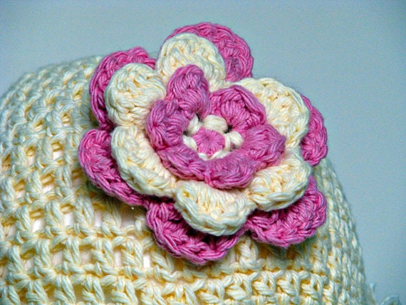 Baby Girls Basic Beanie with Flower in Cream and Rose Pink
