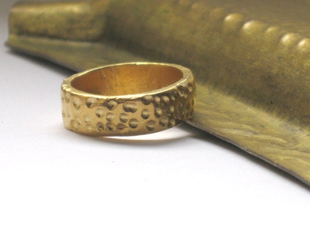 Gold band ring, carved handcrafted sterling silver   goldplated in 24k gold