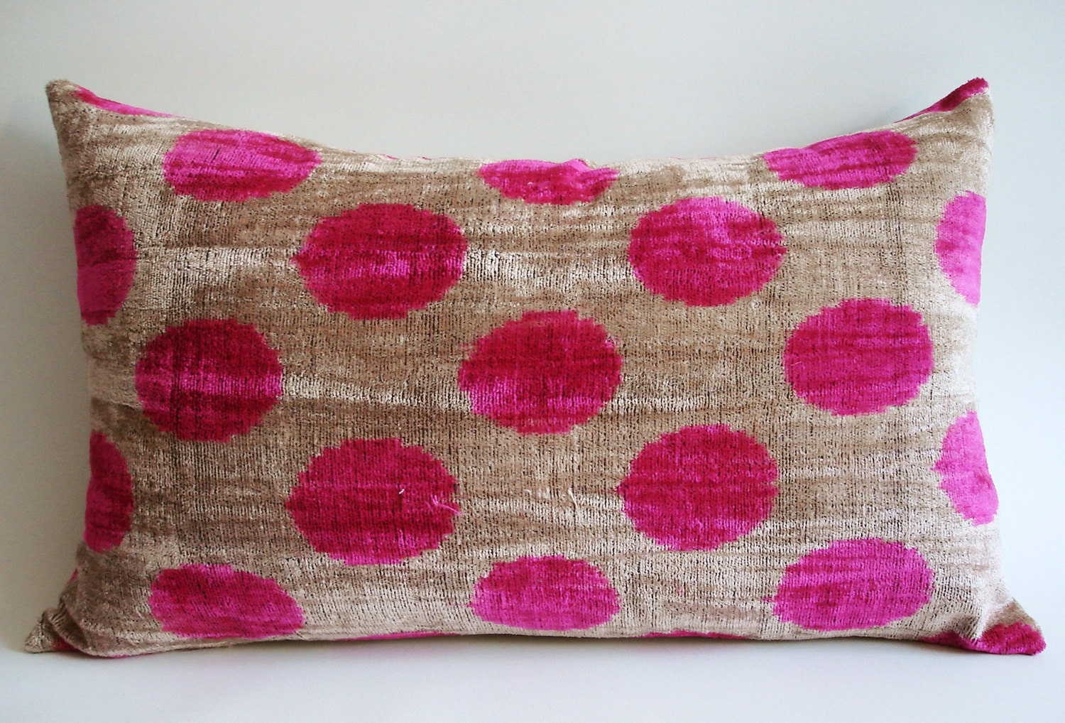 Sukan / SALE - Soft Hand Woven - Silk Velvet Ikat Pillow Cover - 14x22