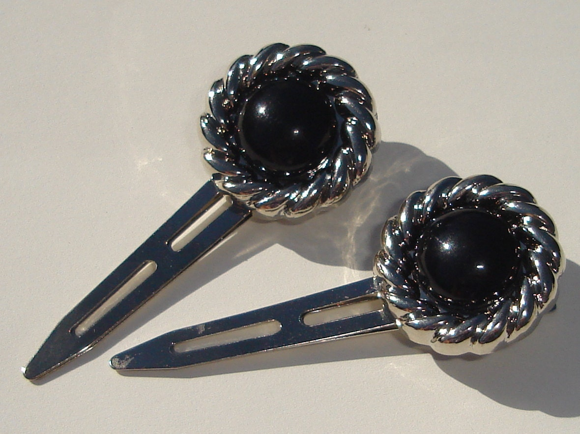 set of 2 hair clips with shiny vintage black buttons with silver tone braided circle embellishment - Ziporgiabella