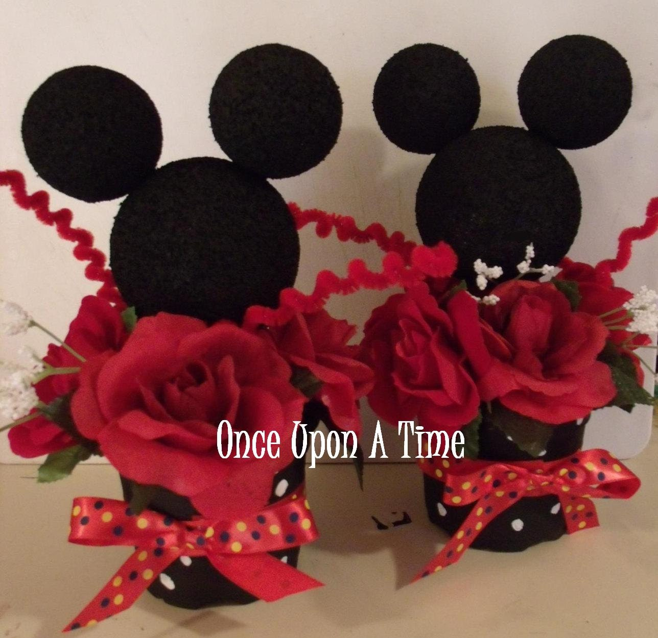 Minnie Mouse Party Decorations by OnceUponATimeShoppe on Etsy
