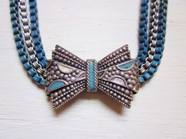 art deco vintage necklace