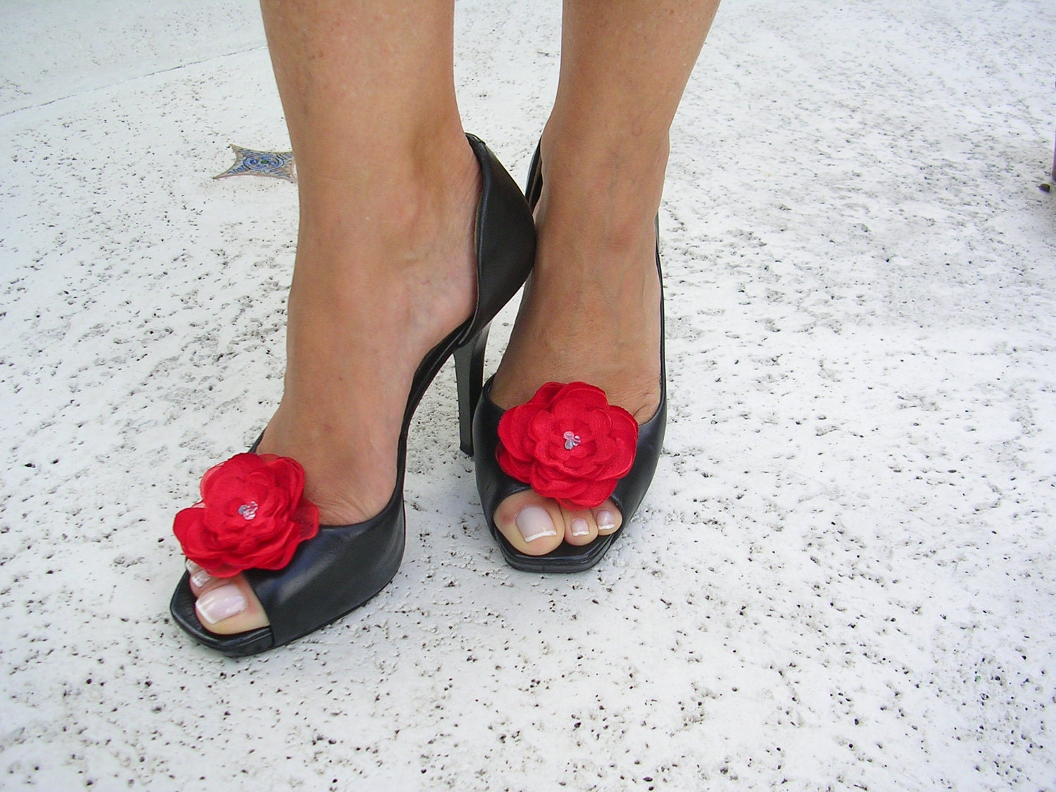 Elegant Poppy Red Shoe Clips