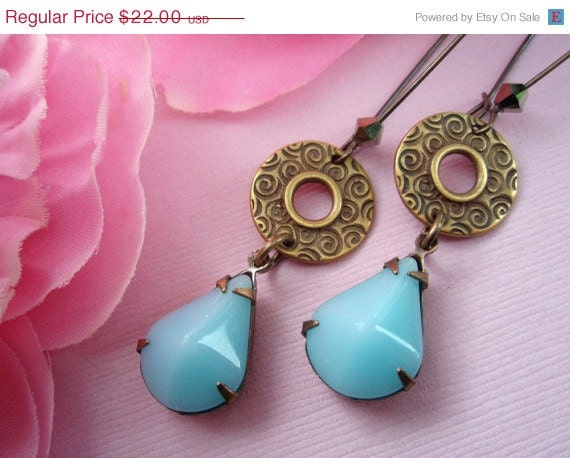 15% off Anniv Sale Vintage Blue Earrings, Boho Gypsy Earrings, Estate Style Earrings, Shabby Chic Earrings, December Birthstone, AZUL