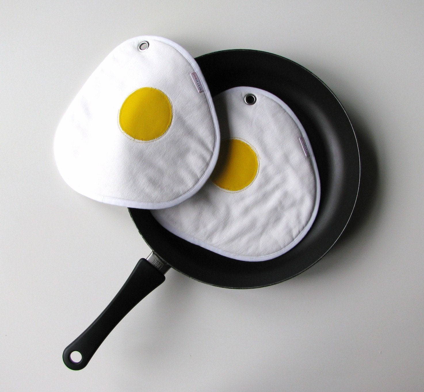 fried eggs pair of fun potholders - sunny side up - white - made to order