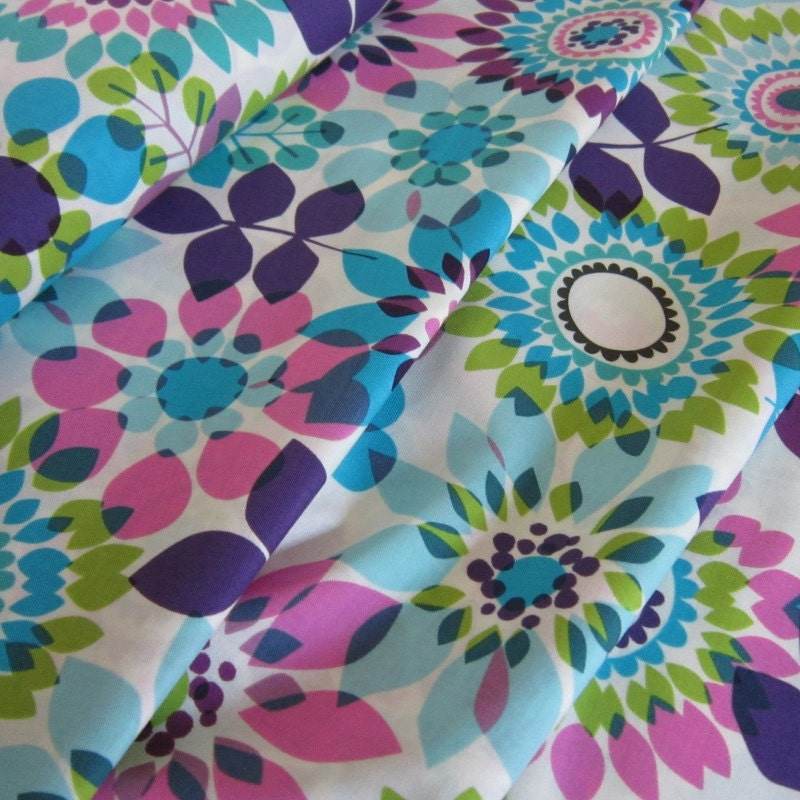 Summer's End Big Sur Cotton Fabric Large Flower from Hoffman Fabrics - 1 Yard - FabricFascination