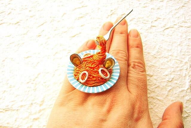 Симпатичный Kawaii Японская кухня кольцо плавающей кольцо Паста с морепродуктами
