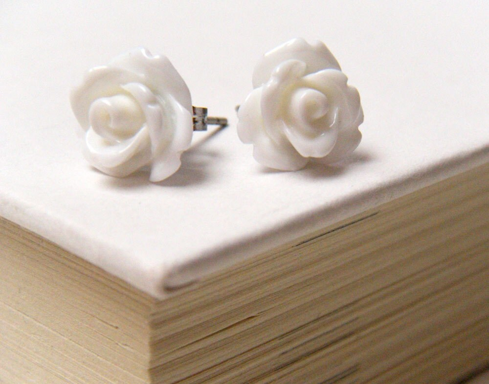 White Flower Earrings, White Rose Earrings, Stud Earrings, Bridesmaid Jewelry, Vintage Style Earrings - merryalchemy