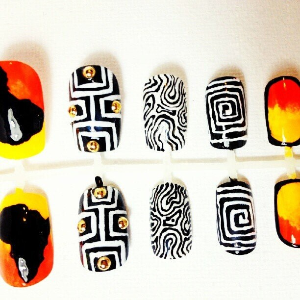 African Deco Press On Fake Nails