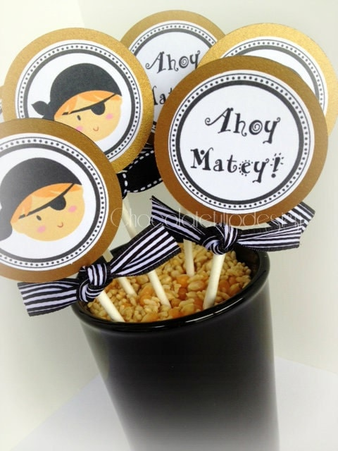 Pirate Classic Cupcake toppers Gold Black and White Personalized handmade by Chocolatetulipdesign - chocolatetulipdesign