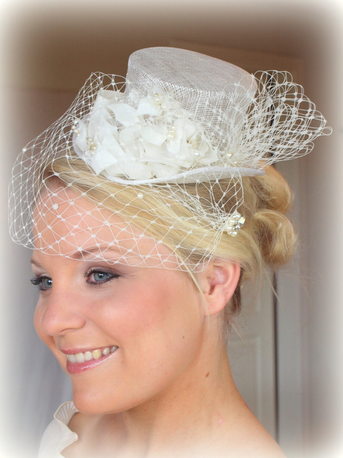 Miss Maryann Bridal top hat