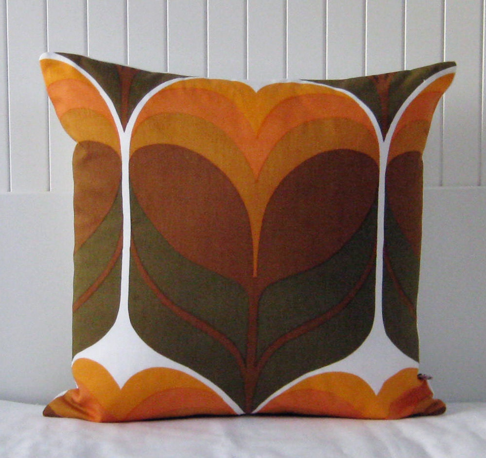 Retro Pillow Cover Cushion - 70s Vintage  MOD Panton