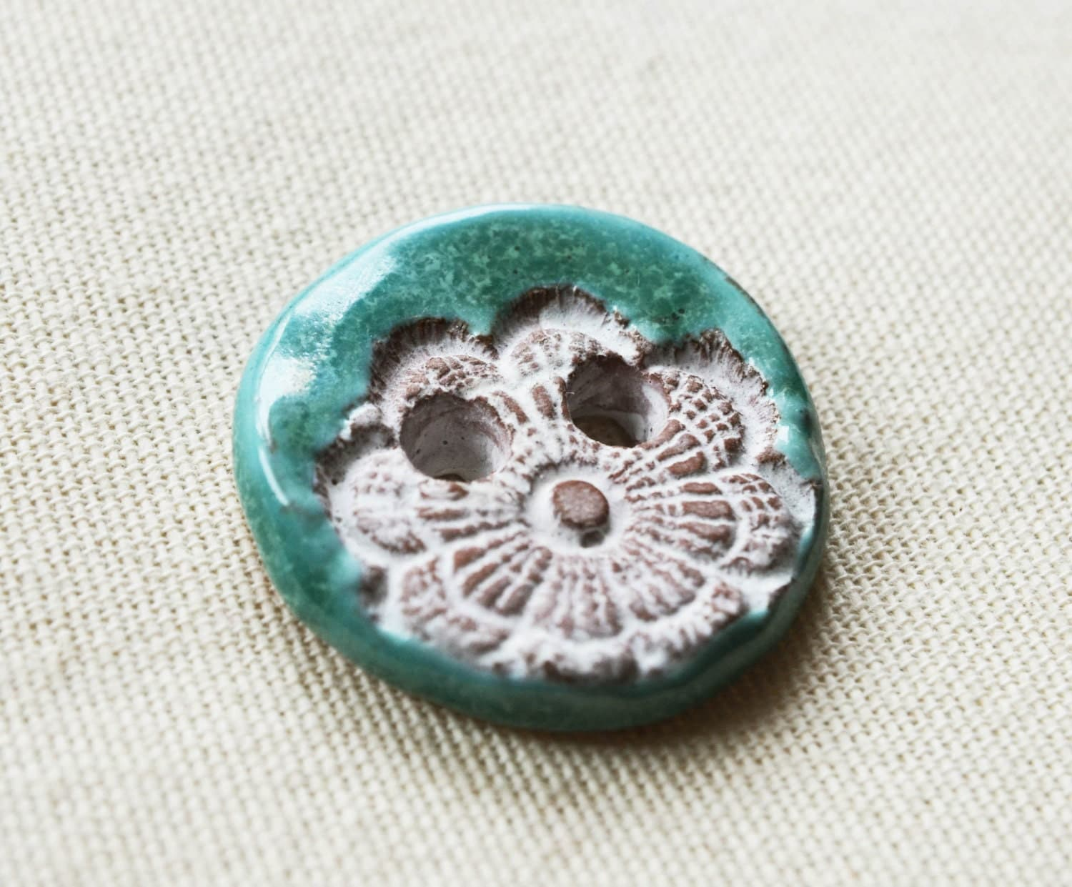 Set of two unique ceramic buttons - EMuuGallery
