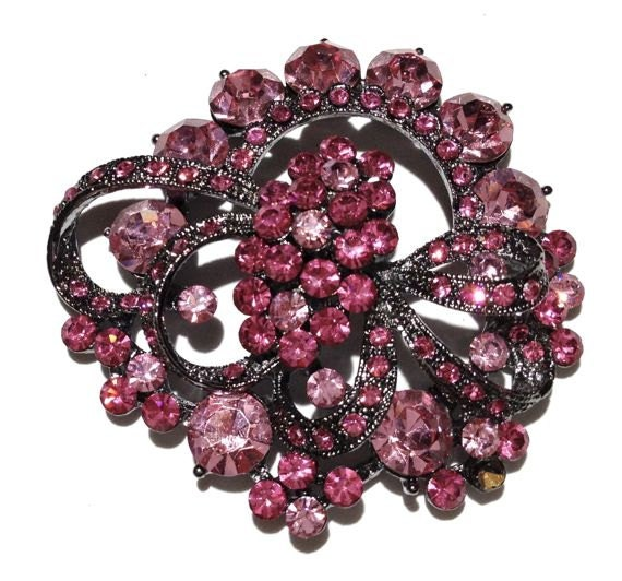 Light Rose Rhinestone Brooch - BeigeGems