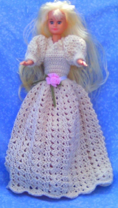 FREE crochet doll clothes patterns for Barbie