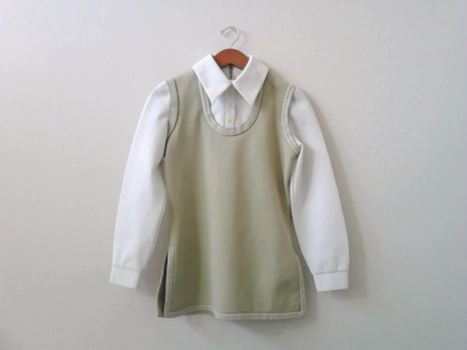 shirt tunic small pullover long sleeve olive green tan beige cream vintage - lillysshoppe