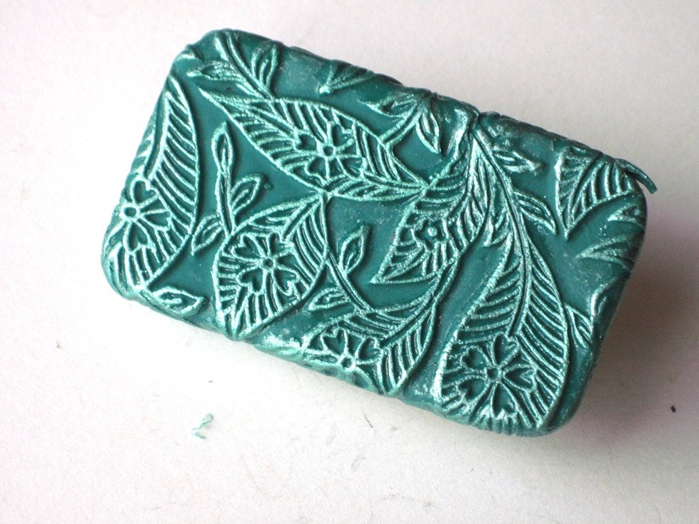 Pill Box Teal Balinese Leaves - claytheism