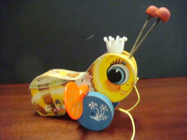 Fisher Price Queen Buzzy Bee No 444 - Free Shipping - CobwebConsignment