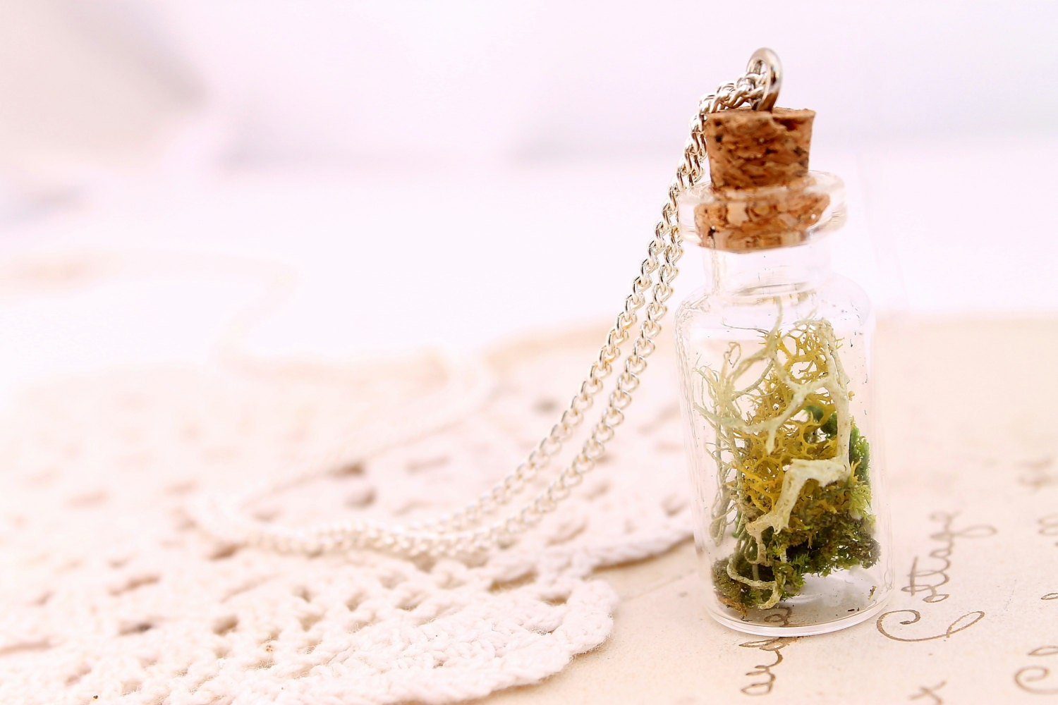 Botanical specimen necklace, Miniature terrarium pendant, botanical jewelry, woodland wedding, Irish jewelry, etsy store , beautyfoodlfie.blogspot.com