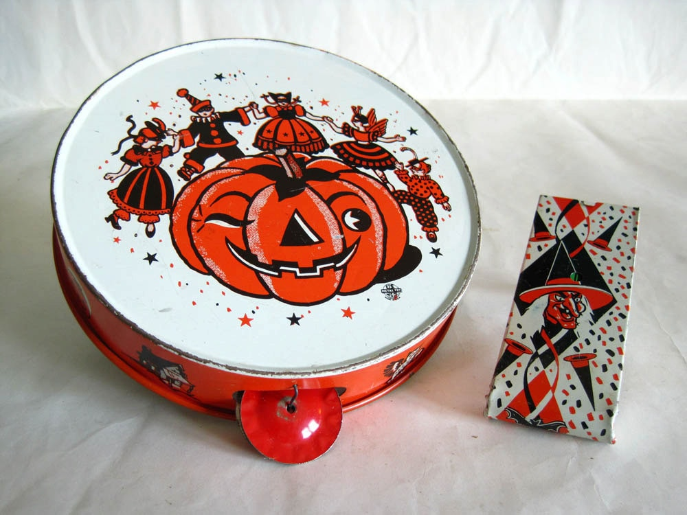 halloween noisemakers vintage tin litho us metal toy co TREASURY PICK