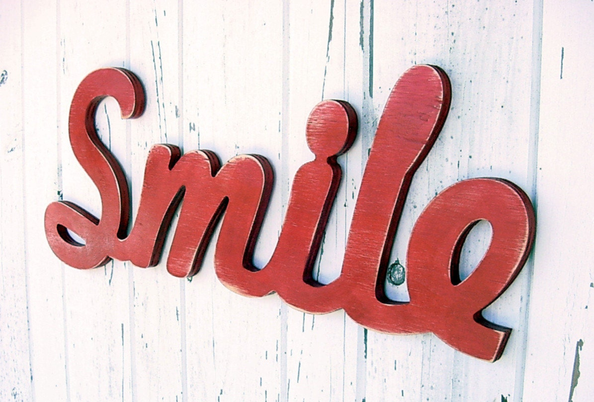 "Wooden ""Smile"" Wall sign - WoodenCreatives"