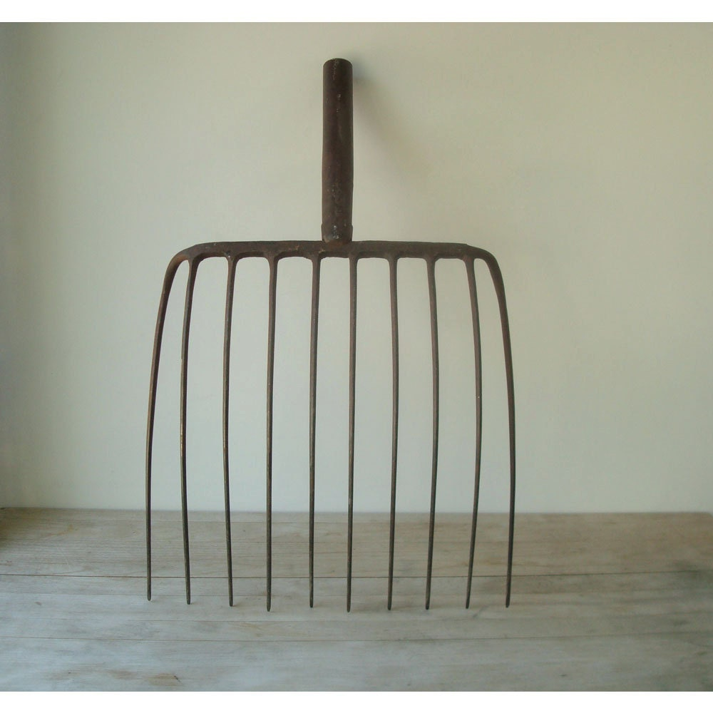 Vintage Pitchfork - Vintage Farm Tools - JustSmashingDarling