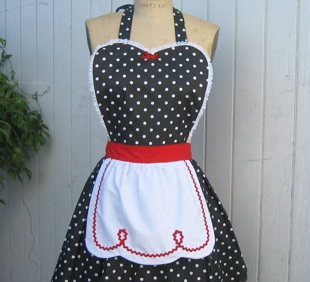 retro apron I LOVE LUCY .... retro red black polka dot full apron fifties sexy hostess gift vintage inspired flirty womens apron - loverdoversclothing
