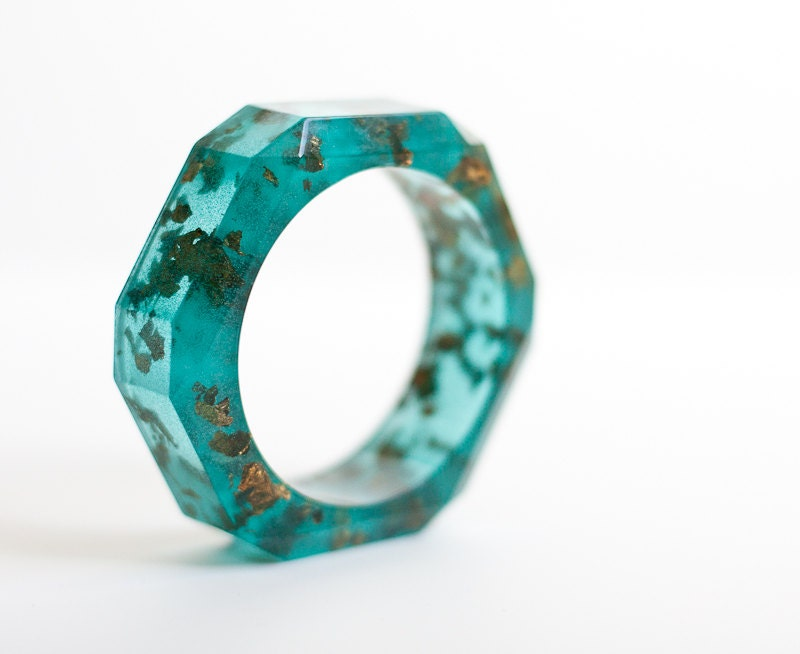 Teal Resin Bangle Chunky Faceted Bracelet Gold Flakes Mint Emerald Wide Geometric bangle OOAK rusteam - daimblond