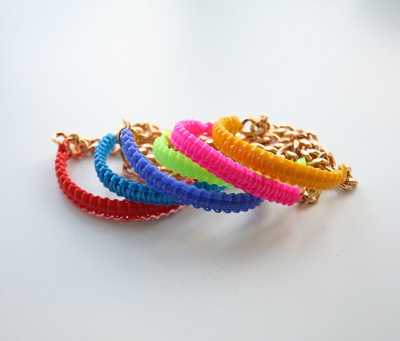 helloberry Bracelet: Spring 2012 Mini Smoothies (Listing for ONE bracelet)