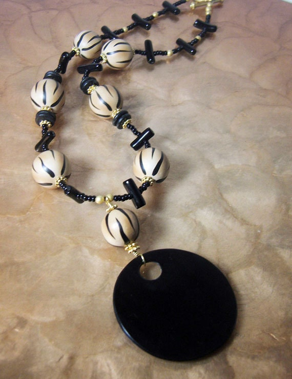 SALE/ Tiger's Ball necklace - YD-093N / statement jewelry