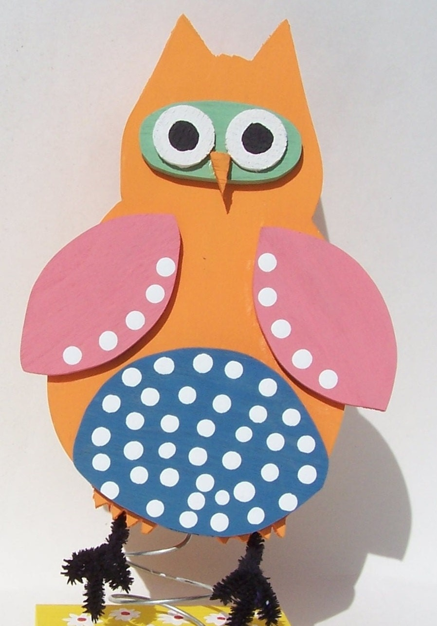 Owl baby room decorations photograph wooden baby owl d for Baby owl decoration