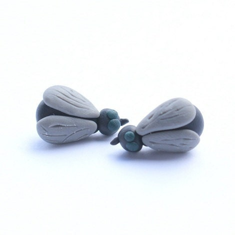 GREY FLY polymer clay studs post earrings plus FREE gift - kingaer